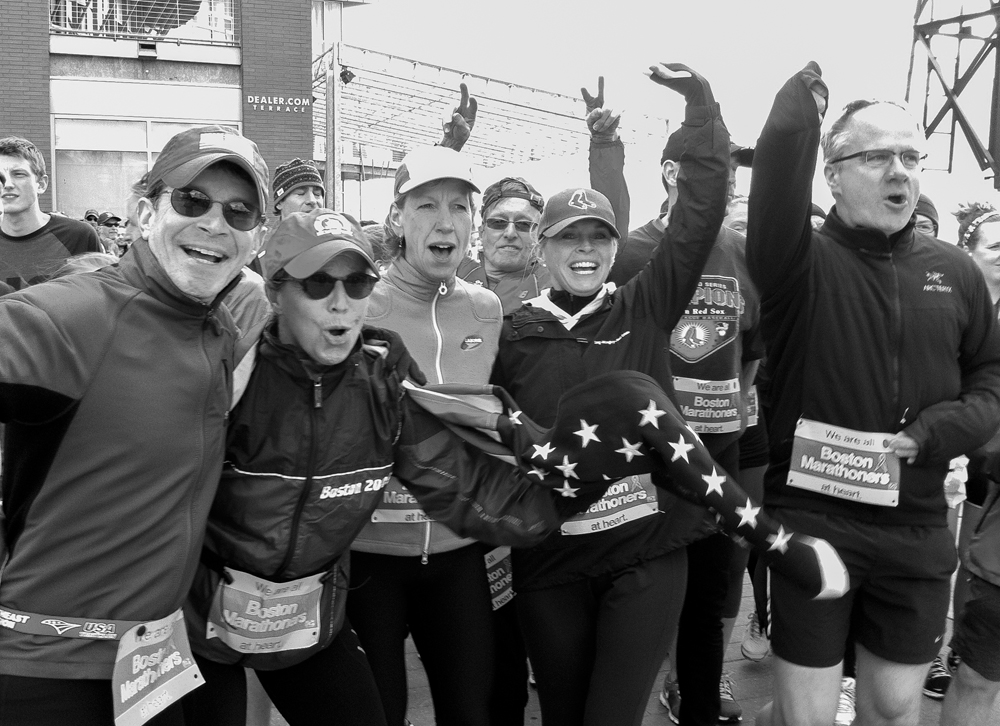 boston-marathoners-bw-editorial-carolynbates