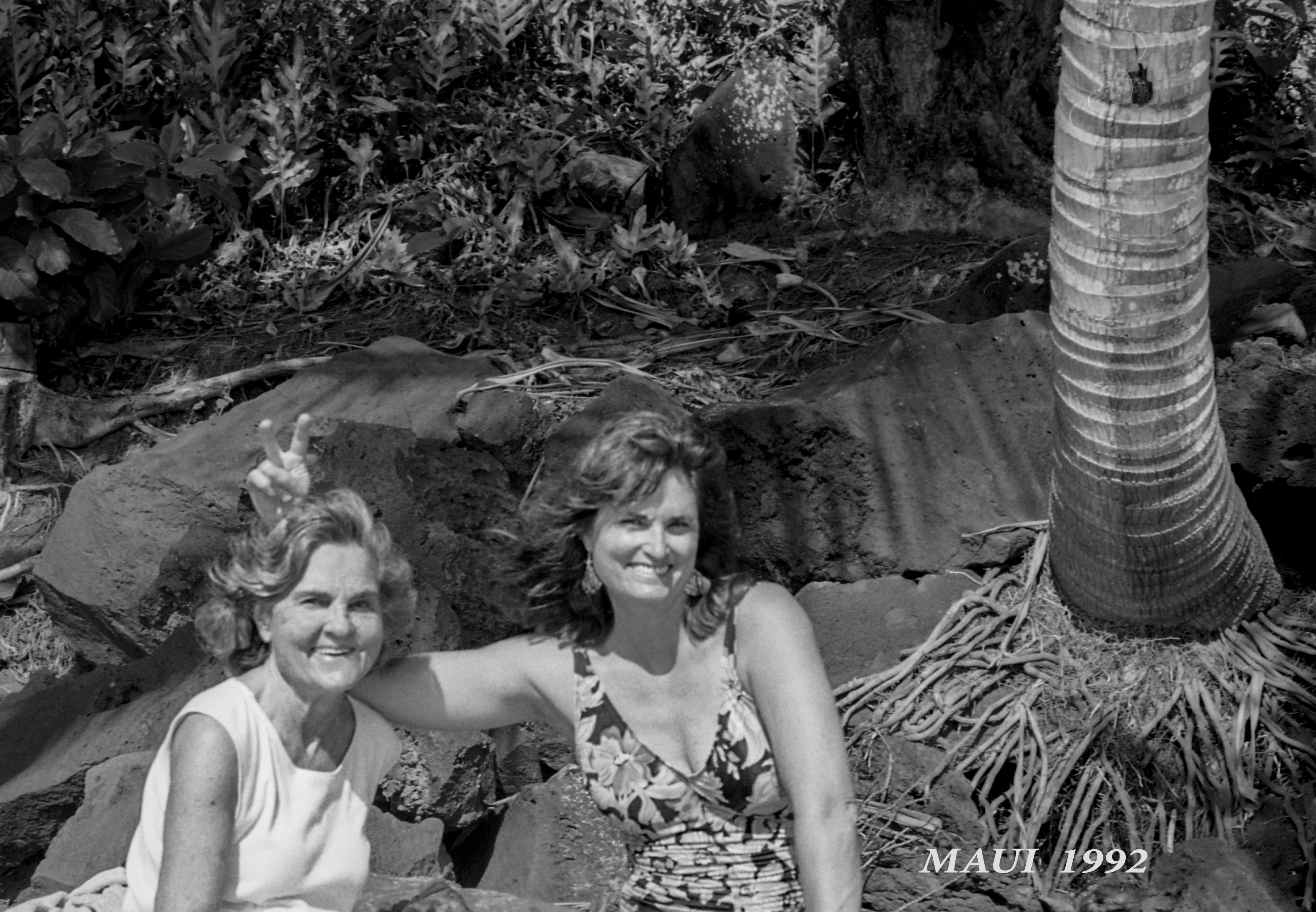 Marie Louise Gartside Bates and Carolyn Bates in Maui