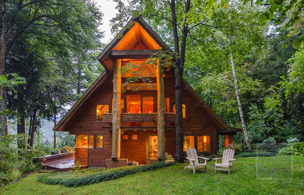 The Perfect Pairing of Nature & Architecture at the Upper Pines Lodge