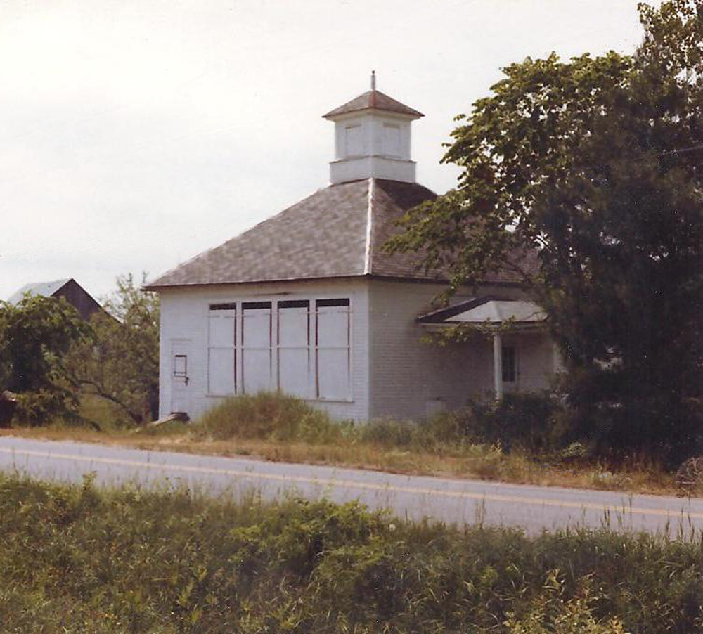 Creek-Road-Schoolhouse2-a1983.jpg