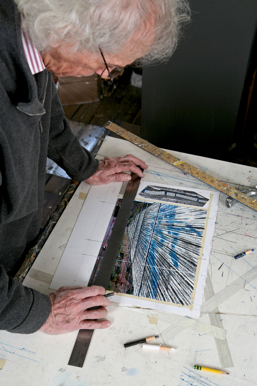 Christo in his studio working on a preparatory collage for Over The River 2011 Photo: Wolfgang Volz © 2011 Christo