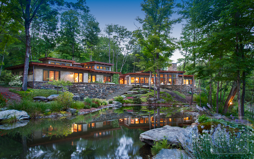 The River House. Take a Cue from Frank Lloyd Wright